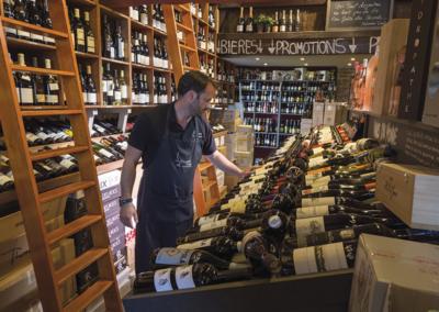 intérieur boutique touquet vins